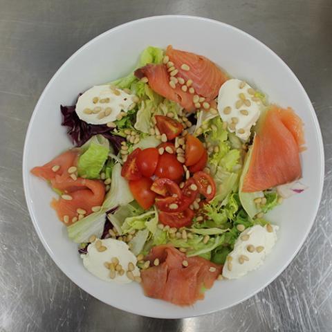 Salmon Salad Quokka cafè Arezzo