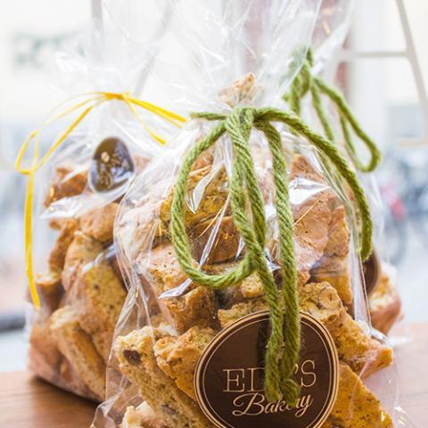 Cantucci toscani Eda's Bakery Vetrinando Arezzo