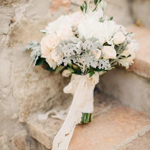 Romantic Wedding: bouquet e damigelle Flowers Living Vetrinando Arezzo