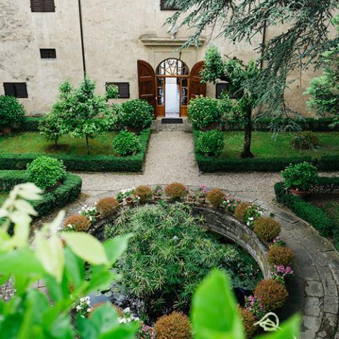 Romantic Wedding: dettagli Flowers Living Vetrinando Arezzo