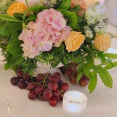 Wine Wedding Theme: allestimento tavoli Flowers Living Vetrinando Arezzo