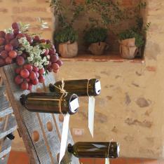 Wine Wedding Theme: tableau de mariage Flowers Living Vetrinando Arezzo