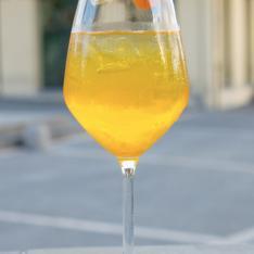 Spritz al Passion Fruit Emilio Cafè Vetrinando Arezzo