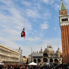 23 Febbraio: Carnevale di Venezia Apogeo Viaggi Vetrinando Arezzo