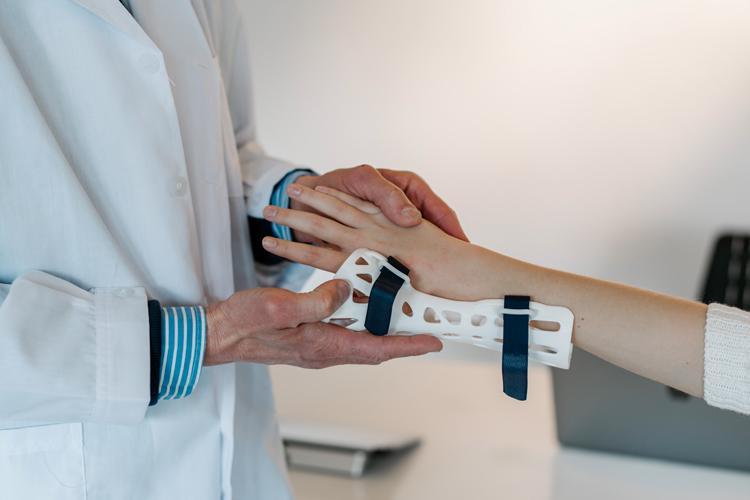 tecnico ortopedico sanitaria e ortopedia la rocca vetrinando arezzo