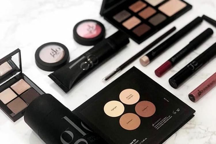 Make-up Etoile Profumeria Vetrinando Arezzo